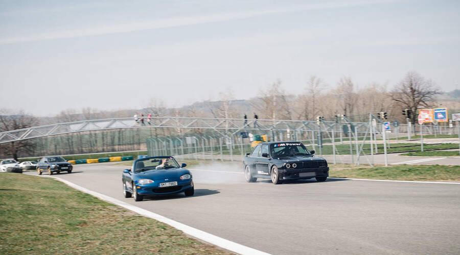 Trackday: Autíčkářův Trackday 2019 vol.1: Zdařilý start sezóny