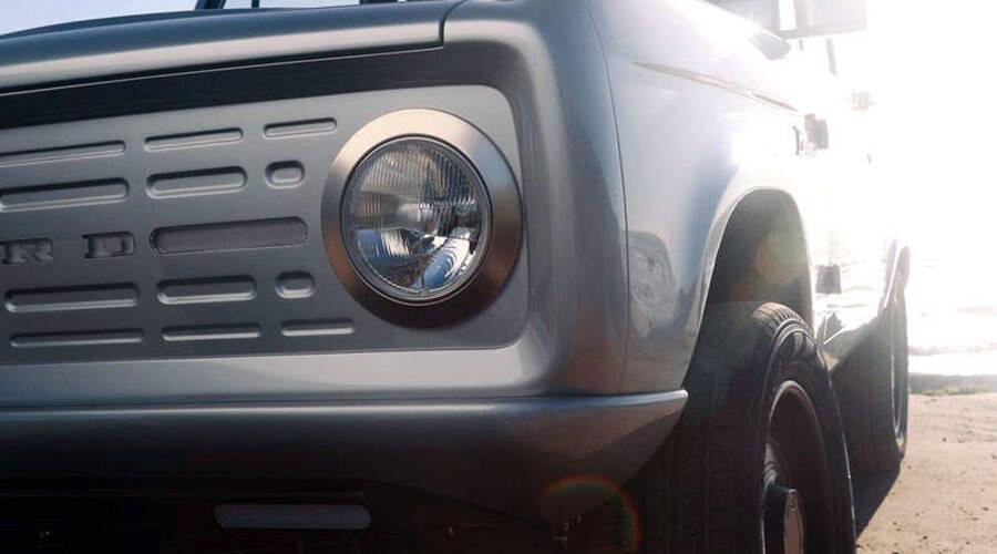 Novinky: První generace Fordu Bronco se vrací - jako elektromobil.