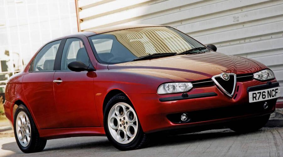 Historie: Alfa Romeo 156: Znovuzrození značky