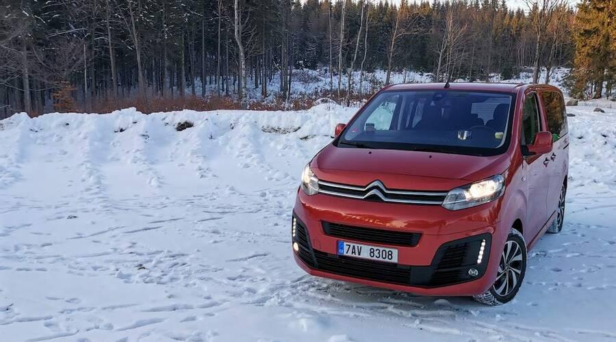 Recenze & testy: Citroën Spacetourer 2.0 BlueHDi: Mít prostor je příjemné