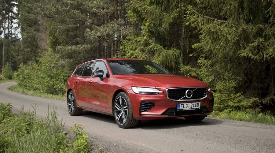 Recenze & testy: Volvo V60 T6 AWD Recharge: Elektřina ve službách prostých řidičských radostí