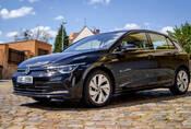 Volkswagen Golf 1.5 TSI First Edition: Chladný futurismus