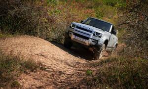 Recenze & testy: Land Rover Defender 110 P400: Tak vypadá offroad pro 21. století