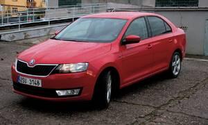 Recenze & testy: Škoda Rapid 1,2 TSI/77kW: Tuctovka pro benzínovou hlavu?