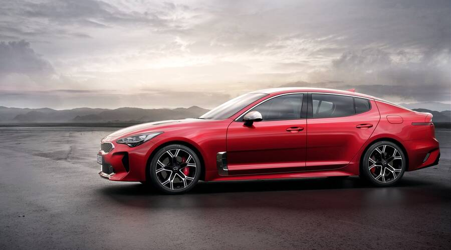 Představujeme: Kia představila sportovně laděný sedan Stinger