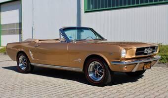 Ford Mustang Convertible V8, V ČR 1966
