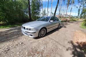 BMW Řada 5 E39 528i  1999