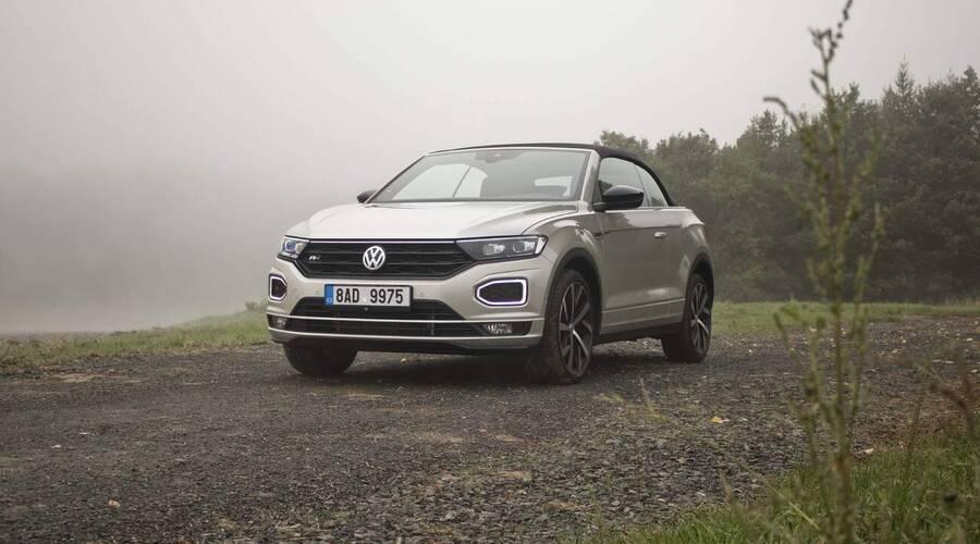 Recenze & testy: Volkswagen T-Roc Cabrio 1.5 TSI: Netvařte se tak vážně, vždyť nejde o život