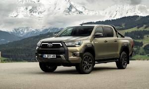 """Novinky: Nová Toyota Hilux Invincible ukazuje, že """"pickup is the new SUV"""""""