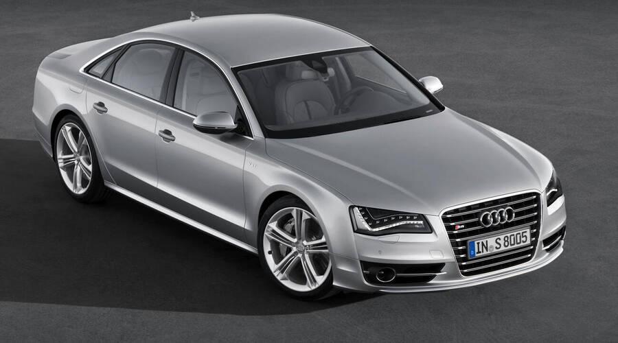 Ptejte se: Ptejte se: Luxusní sedan za milion