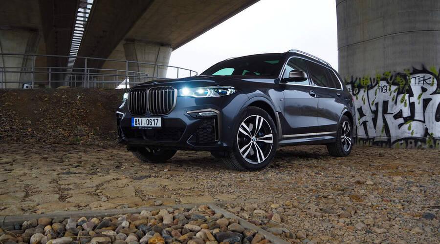 Recenze & testy: BMW X7 M50i: Královská třída