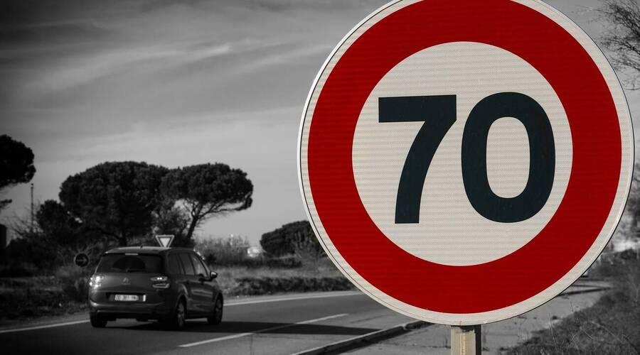 Historie: Stručné dějiny rychlosti – začalo to honičkou Benzu s bicyklem