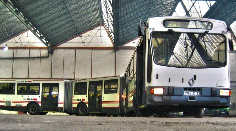 Historie: Když jeden kloub nestačí: Z historie tříčlánkových autobusů