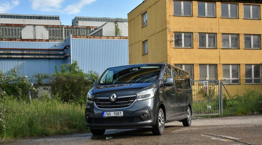 Recenze & testy: Renault Trafic SpaceClass: Svatý grál dodávek?