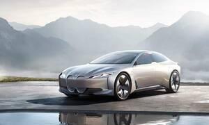 Editorial: 2021 | Co v autech už nenajdeme