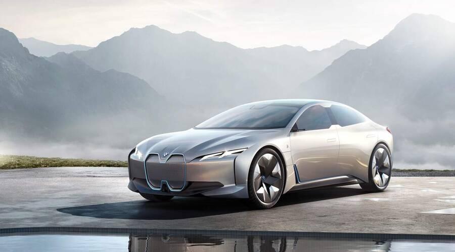 Editorial: 2021   Co v autech už nenajdeme