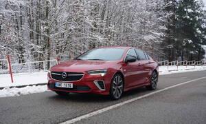 Recenze & testy: Opel Insignia GSi AWD: Všechno, jen ne nuda.
