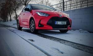Recenze & testy: Toyota Yaris Hybrid: Velké změny, velká překvapení