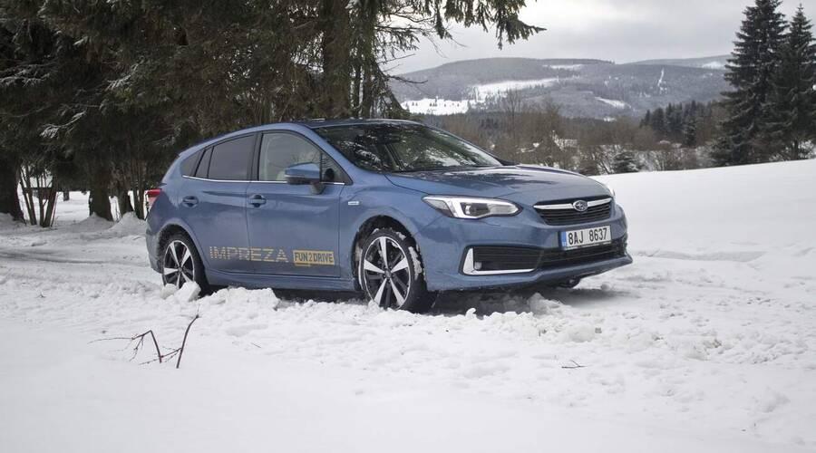 Recenze & testy: Subaru Impreza 2.0 e-Boxer: Důvod těšit se na zimní slotu