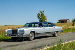 Lincoln Continental Continental Town car limousine 1978
