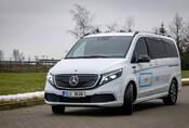 Mercedes EQV: Bílý trolejbus