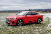 Audi e-tron Sportback 55 quattro: Stylový fešák, kterému chutná