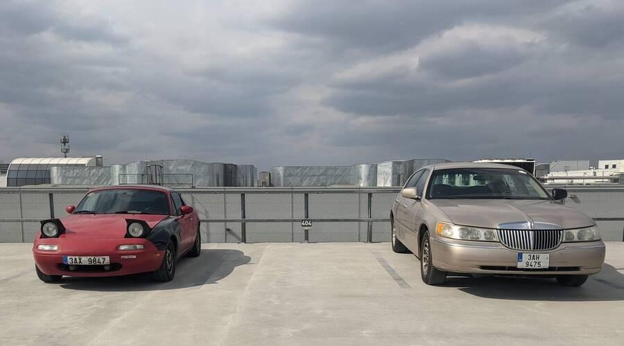 Editorial: Někdy je těch starých aut až moc...