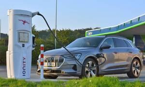 Tiskové zprávy: IONITY otevřela na dálnici D1 u čerpacích stanic OMV další dvě rychlodobíjecí stanice