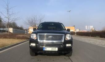 Ford Explorer XLT 4x4!!!, 4.6 V8, 7 míst 2010