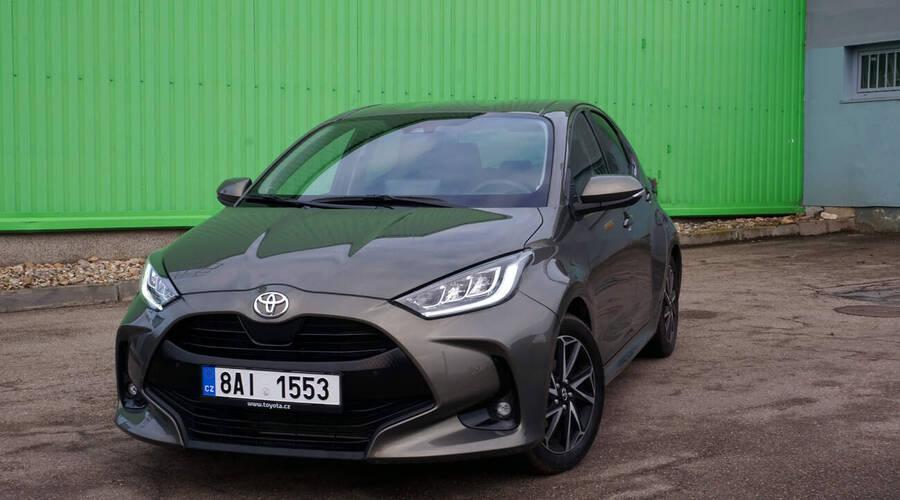Recenze & testy: Toyota Yaris 1.5 Dynamic: Málem jsem zapomněl, že se ještě dělají nehybridy