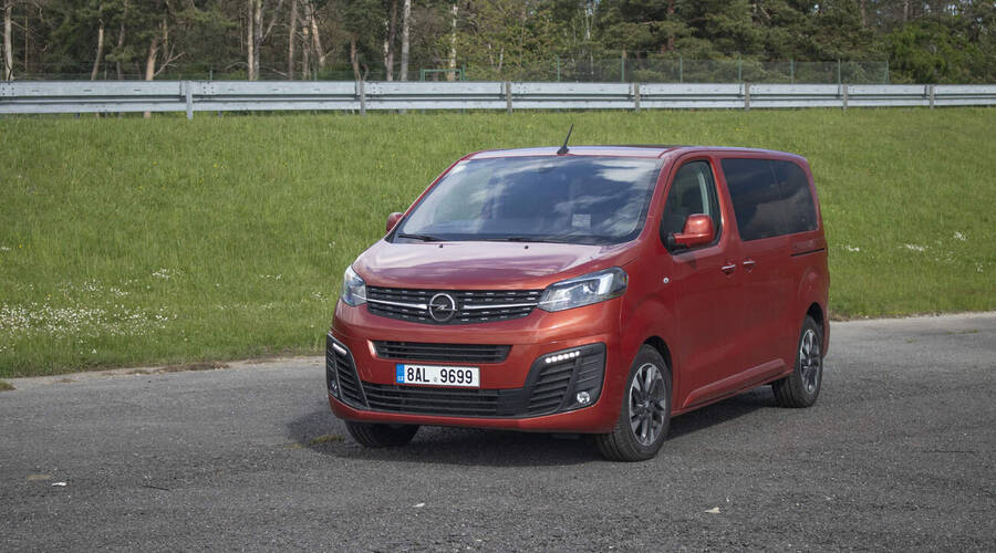 Recenze & testy: Opel Zafira Life 2.0CDTi Elegance: Co je vám po tom, kolik vozím krámů...