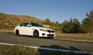 Editorial: O konejšivých autech a vnímání rychlosti