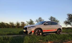 Recenze & testy: BMW X2 xDrive20i Edition M Mesh: Chycen v síti