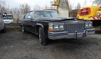 Cadillac deVille  1983