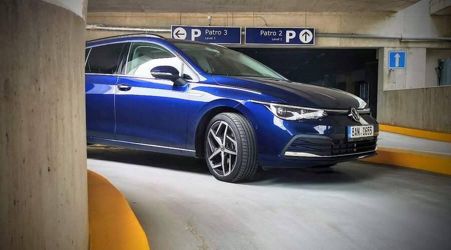 Recenze & testy: VW Golf Variant 2.0 TDI: Naftový Golf v proměnách času
