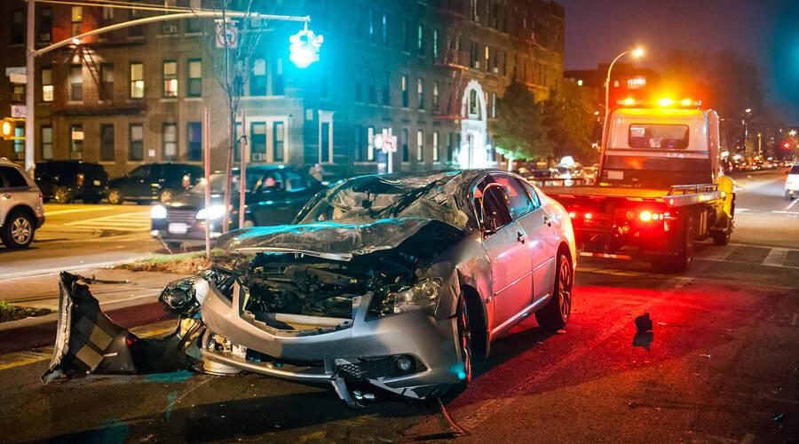 Autíčkářova reklama: Jak řešit totální škodu na vozidle?