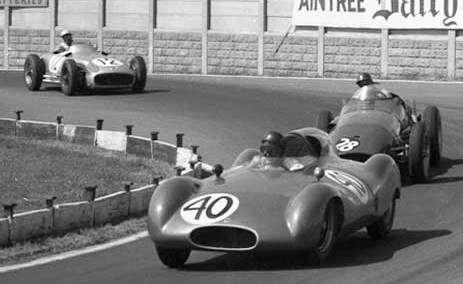 Jack Brabham při svém debutu ve Formuli 1, Aintree, 1955