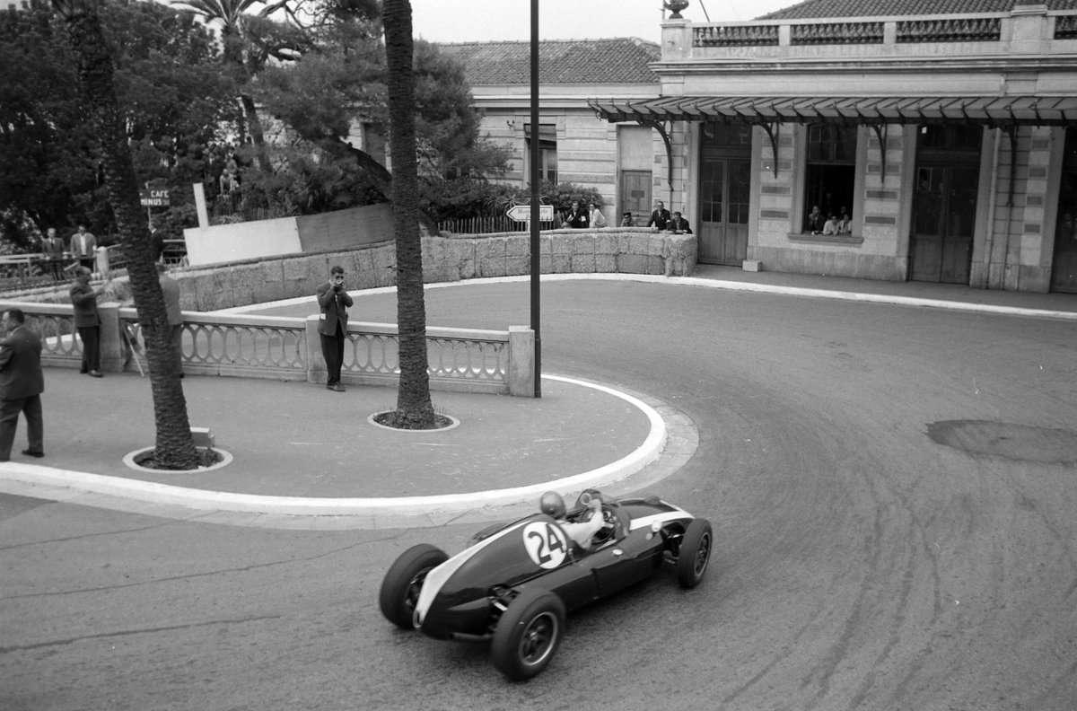 Jack na míří za svou první výhrou, Cooper T51, Monako, 1959