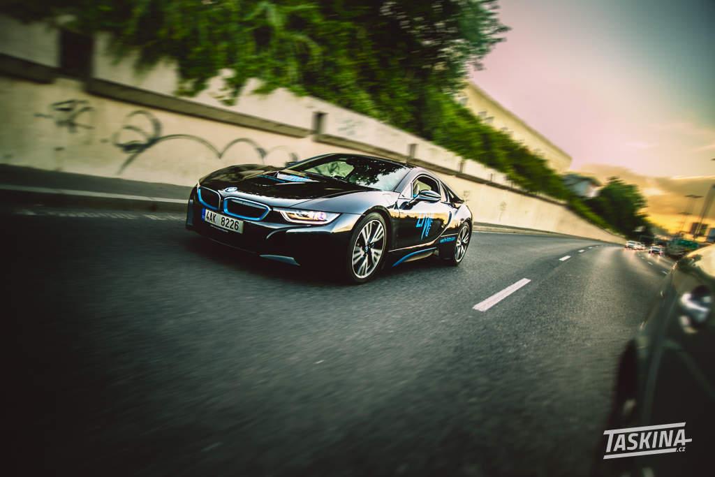 BMW i8 - taskina.cz