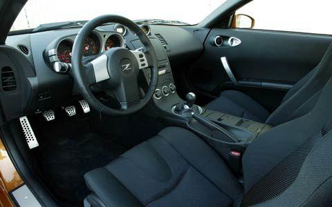 112_0403_Road_Test+2004_Honda_S2000_Vs_2004_Mazda_RX8_Vs_2004_Nissan_350Z_012z_2004_Mazda_RX8+Interior_View_Dashboard_Seats